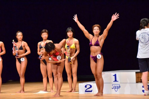 2013-08-18nishinihon-joshi02