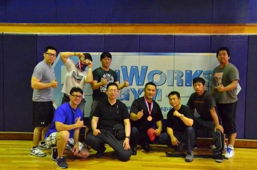 2015-06-13iwakuni-bench03
